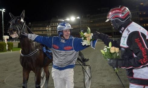 Ingemar Hultqvist från Umåker driver landets proffsigaste amatörstall