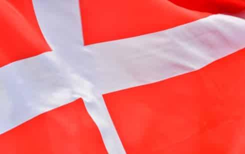 Danmark travar igång om en vecka