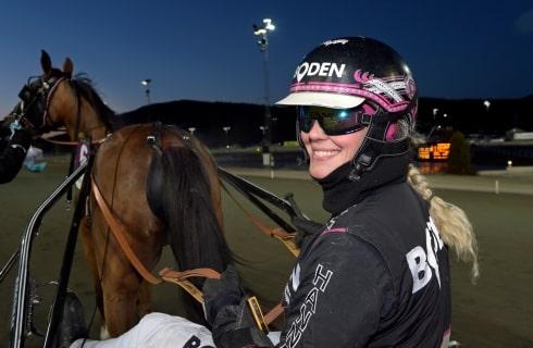 Inför V75: Fem chanser på V75 för Hanna Olofsson
